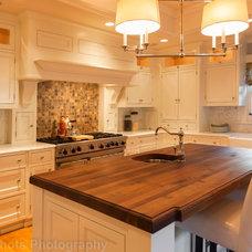 Craftsman Kitchen by Rosichelli | Design