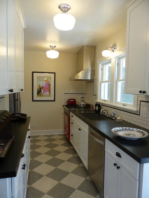 k chen mit r ckwand aus metrofliesen und linoleum ideen design bilder houzz. Black Bedroom Furniture Sets. Home Design Ideas
