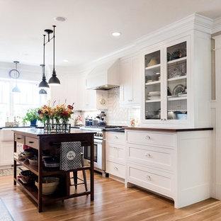 Craftsman Kitchen Inspiration   Inspiration For A Craftsman U Shaped Medium  Tone Wood Floor And