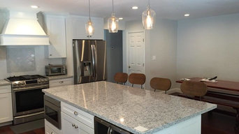 Craftsman Style Kitchen with Island