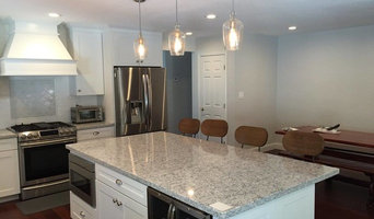 Craftsman Style Kitchen with Island