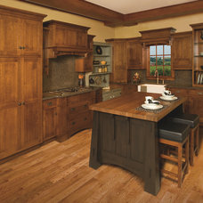 Craftsman Kitchen by Schrocks of Walnut Creek