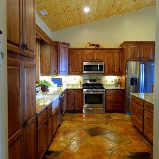 Cranberry // Rustic Kitchen