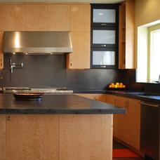 Contemporary Kitchen by Cranbury Design Center LLC