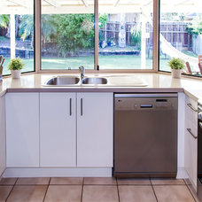 Modern Kitchen by The Cabinet House