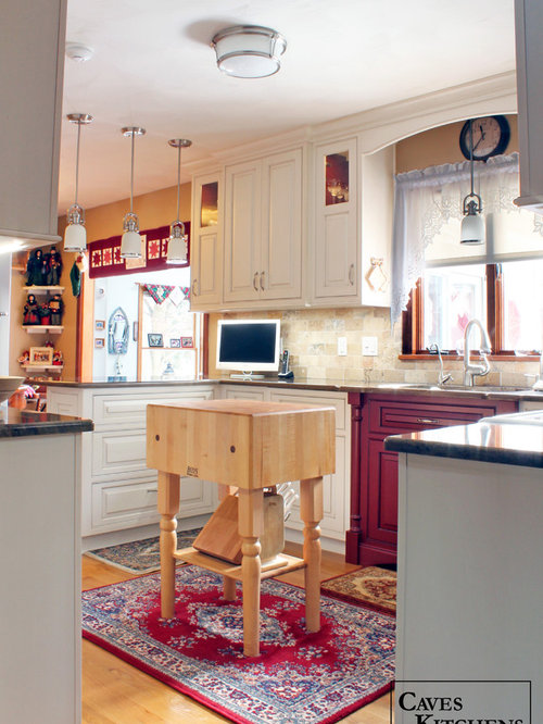 Cream Red Traditional Kitchen With Peninsula