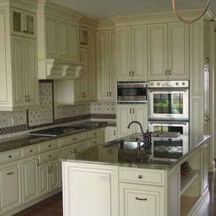 Creamy Tones of a Tradition Kitchen