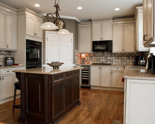 houzz oak kitchen cabinets painted oak cabinets houzz 16637
