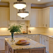 Traditional Kitchen by Alpha Design + Build