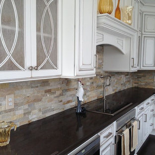 Transitional kitchen photo in Cleveland