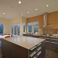 contemporary kitchen by Crescendo Designs, Ltd.