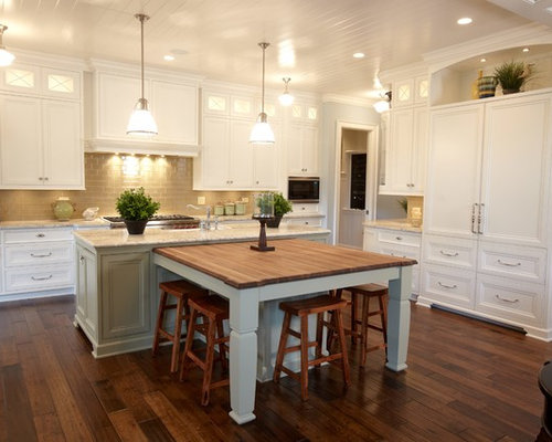 Inspiration For A Timeless Kitchen Remodel In Chicago With Recessed Panel  Cabinets, White Cabinets