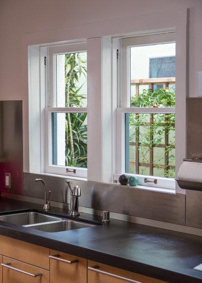 Contemporary Kitchen by Studio Karras