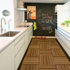 Midcentury Kitchen by Chris Cobb Architecture