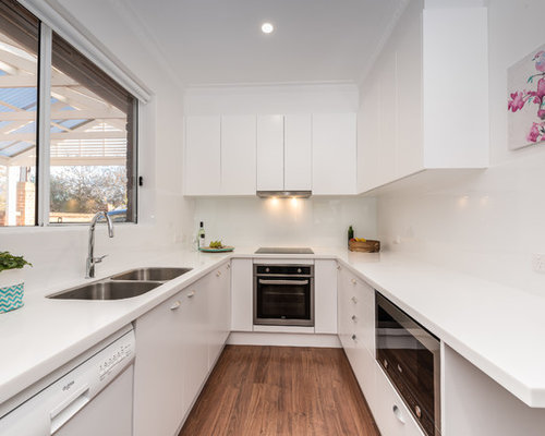 Small U-Shaped Kitchen Design Ideas & Remodel Pictures | Houzz