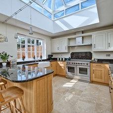 Transitional Kitchen by Harvey Norman Architects