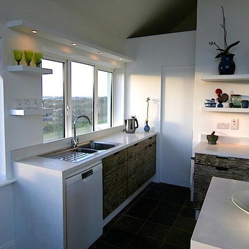 Cork wall kitchen design ideas renovations photos for Kitchen designs cork