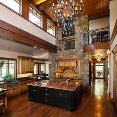 Traditional Kitchen by Scott Gilbride/Architect Inc.
