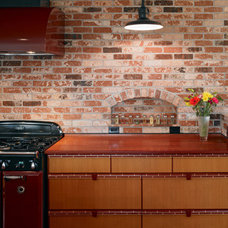 Traditional Kitchen by Chr DAUER Architects