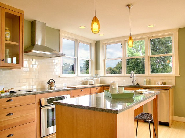 Traditional Kitchen by Neiman Taber Architects