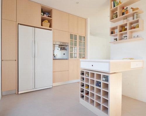 Cucina con ante in legno chiaro - Foto e Idee per Arredare