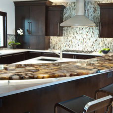 Contemporary Kitchen by Kitchens Unlimited- Karen Kassen, CMKBD