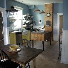 Farmhouse Kitchen by Miller Home Improvements, Inc.