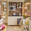 12 Kitchenettes for Convenience and Compact Living