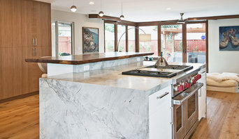 Cupertino Modern Kitchen and Family Room