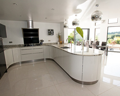 Curved kitchen units home design ideas renovations photos for Curved kitchen units uk