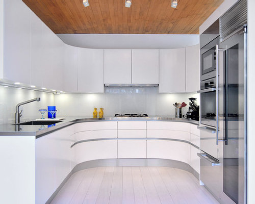 Small Trendy U Shaped Bamboo Floor Enclosed Kitchen Photo In DC Metro With  An Integrated