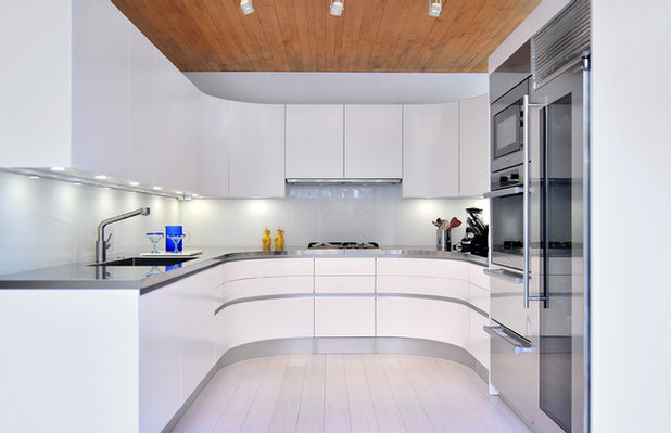 Contemporary Kitchen by Pedini DC