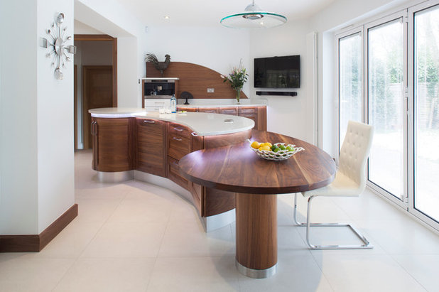 Kitchen planning how and why to commission a bespoke for Curved island kitchen designs