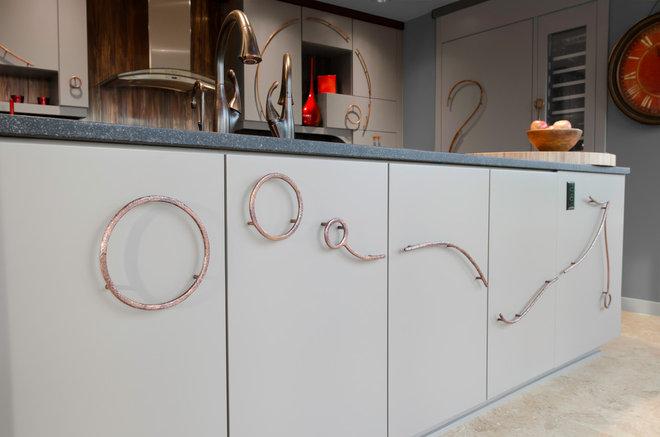 Contemporary Kitchen by Rhonda Knoche Design