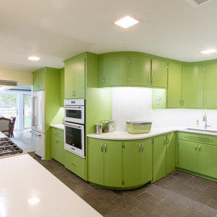 Curvy Midcentury Kitchen