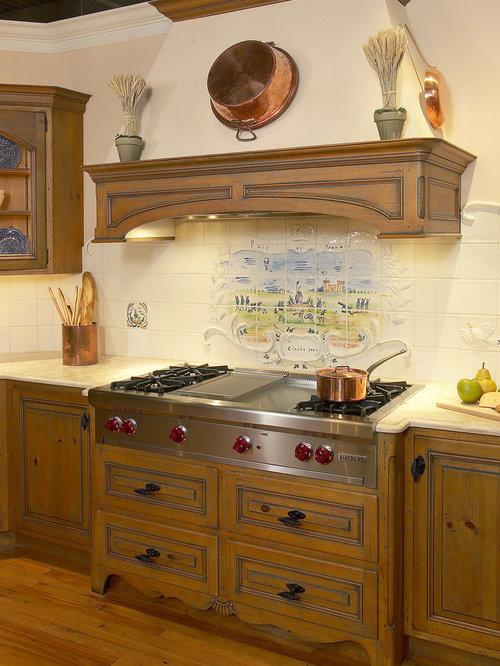 Range hood with mantle houzz for Best mid range kitchen cabinets