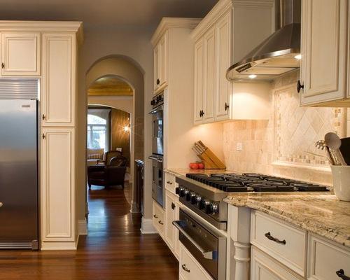 Santa cecilia granite houzz for Bone white kitchen cabinets