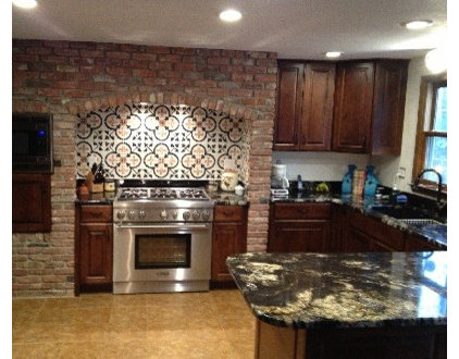 Traditional Kitchen by Avente Tile