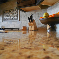 Traditional Kitchen by Dexter Builders