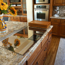 Traditional Kitchen by Home Restoration Services, Inc.