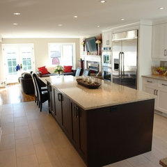 traditional kitchen by Dan Lavigne