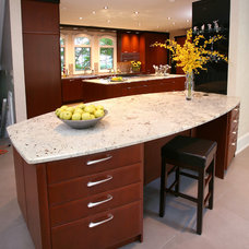 Contemporary Kitchen by Tim Kriebel - KRIEBELDESIGN