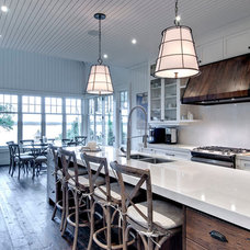 Beach Style Kitchen by Big East Construction