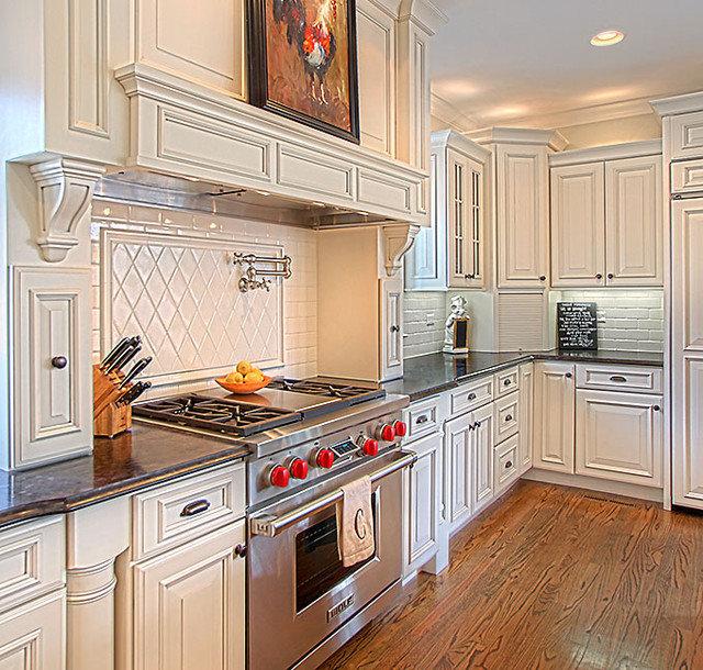 Kitchen by Greenside Design Build LLC
