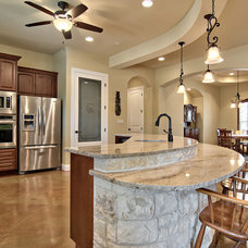 Traditional Kitchen by Valverdi Custom Homes