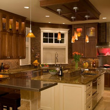 Traditional Kitchen by Hill Custom Homes