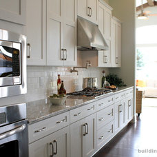 Contemporary Kitchen by Staging & ReDesign