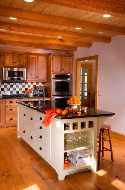Traditional Kitchen custom island