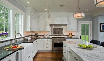 Custom Kitchen & Baths