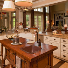Traditional Kitchen by Brentwood Granite & Cabinet Design Center, LLC